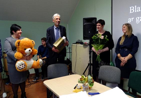Skuodo rajono savivaldybės vadovai sveikino projekto vykdytojus.
